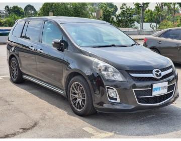 Mazda 8 (MPV)